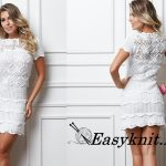 Платье с коротким рукавом крючком из мотивов